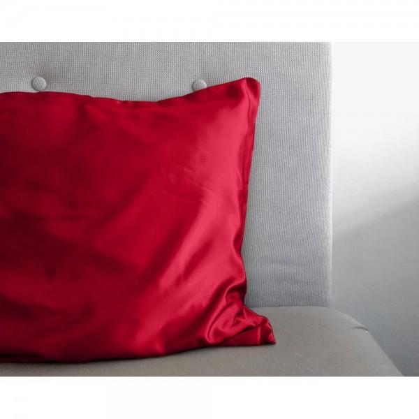 Beauty Skin Red - Pillowcase